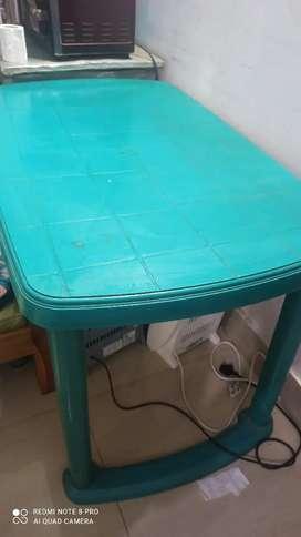 Plastic big table 2 pair