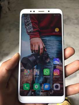 Mi note 5 3/32 with bill box charger well new condition