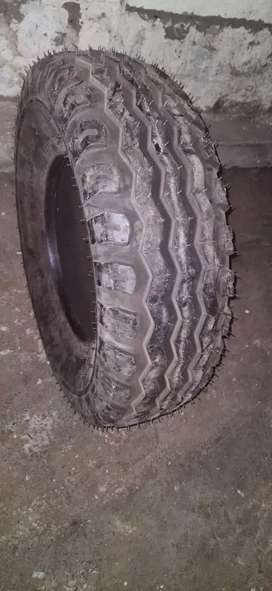 Ceat Tyre Ceat tyre (10.0/75-15.3 12Ply Rang Tubeless) Qty 4 Nos
