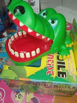 Mainan anak crocodile dentist baru yah inbok aja