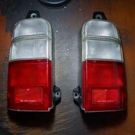 Stoplamp / lampu belakang Kijang Efi LGX tahun 2000 Original Toyota
