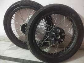 MRF tyres of Royal Enfield Bullet 350 Classic