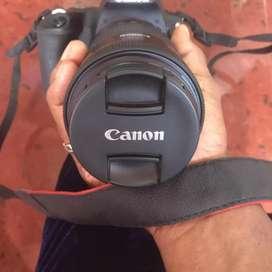 Canon EOS* 200D DSLR CAMERA
