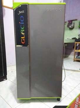 Toshiba glacio 1 pintu