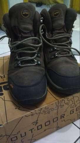 Sepatu Gunung Rei Arei Murah Diskon Original