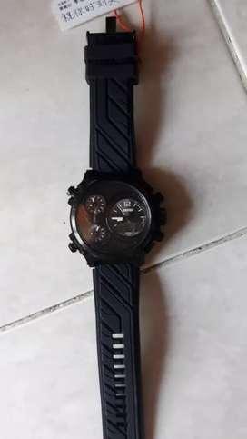 Jam tangan pria dgn jarum jam  warna black & kode SK 7861