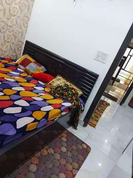 3 bhk first entry independent flat in dwarka morh
