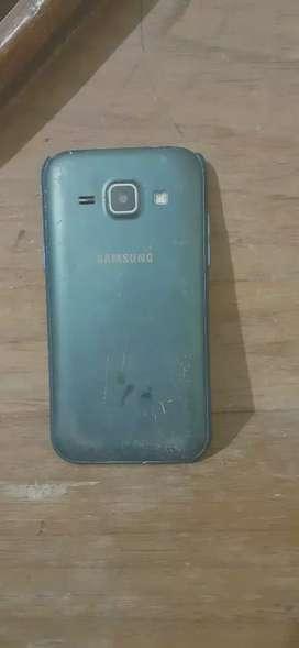 Samsung j1 storage 4 gb ram 512 dual sim