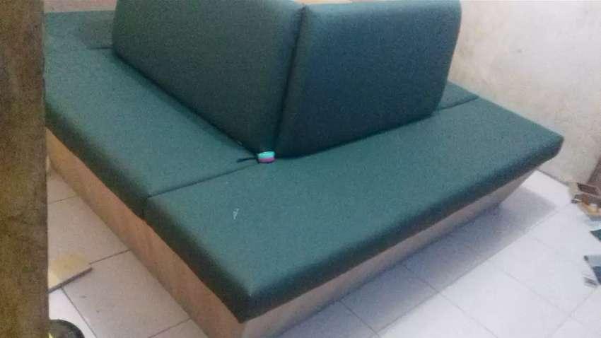 Jasa revair dan pembuatan furniture &sopa. 0