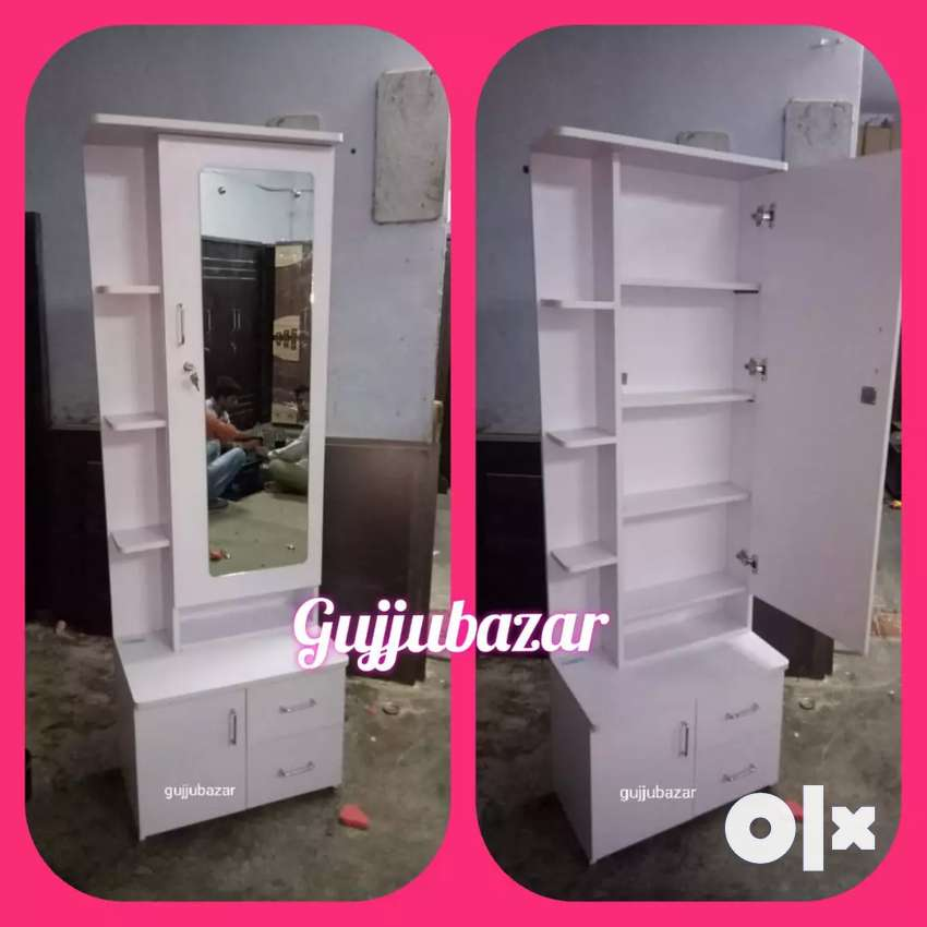 White dressing table model 330 0