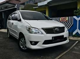 Kijang Innova 2.0 G AT 2012