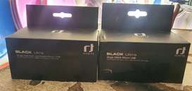 black Ultra lnb  dis and accesorries