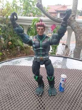 BEAST action figure Marvel tahun 2005