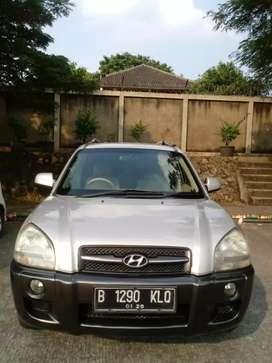 Hyundai Tucson SUV 2000 CC 2005