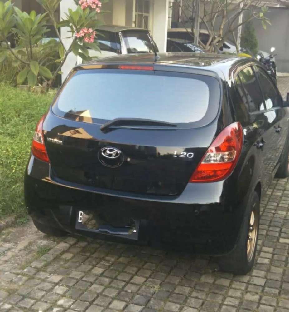 Hyundai i20 GL A/T no sunroof  Depok Kota #2