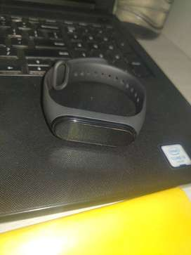 MI band 4 new condition with screen gard