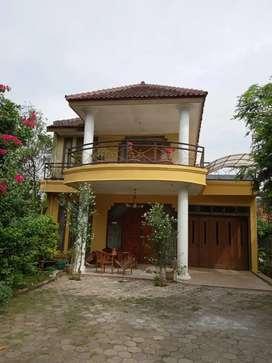 Rumah di jual 2 lantai