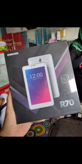 Tablet Evercoss R70
