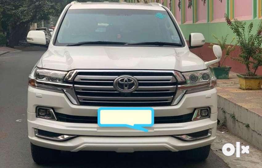 Toyota Land Cruiser LC200 VX Premium 2, 2016, Diesel 0