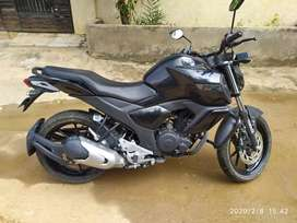 Fz V3 I am seeking my 6 months old it's in mint condition single drivn