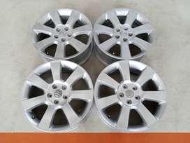 Velg Bekas Suzuki Grand Vitara JLX Ring 18x7 H:5x114,3 ET:45