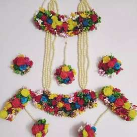 Stunning Hand Made Floral Jewellery.