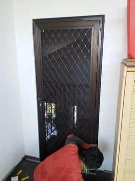Pintu anti nyamuk ekspanda, pintu kasa nyamuk expanda, pintu almini