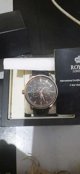 Jam tangan Royal