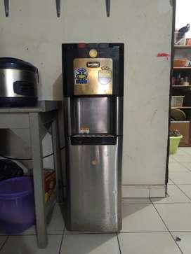 dispenser sharp 70eh bk bottom galon