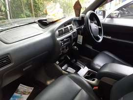 Dijual ford everest
