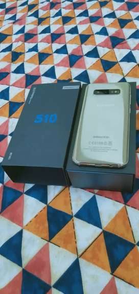 All models of iphone, Samsung, OnePlus available with box and accessor