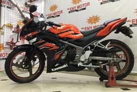 Kawasaki Ninja 150 RR Th.2015 orange mulus kredit iso bosku