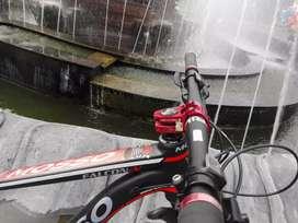 Sepeda gunung Mosso falcon v
