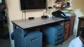 Study table for all type of home.