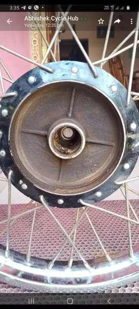 Bullet cycle hub 1967modal good condition
