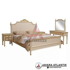 Set tempat tidur ukir klasik
