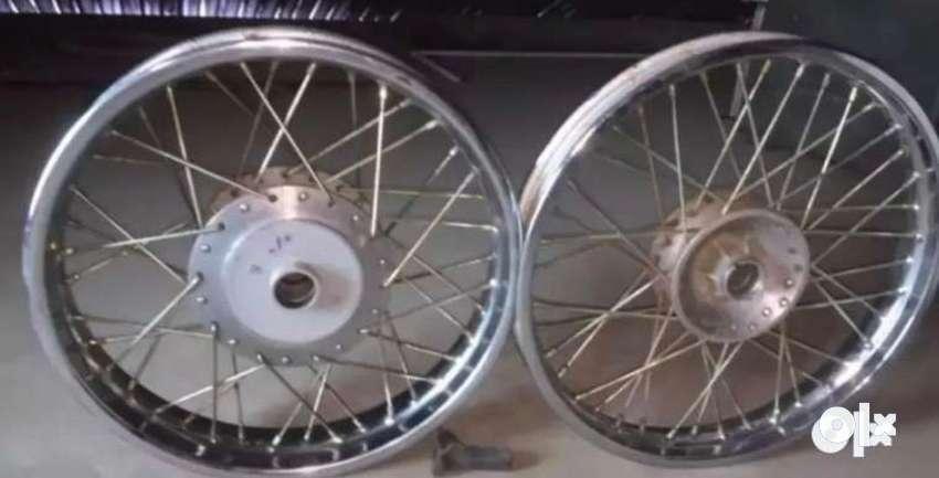Classic 350 spoke wheel 0