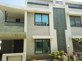 3 b h k bunglwo for sale in Anand near lambhel road