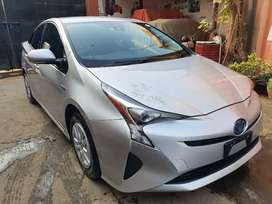 Prius 2017 S Safety Sense Package, Fresh import Feb 2020