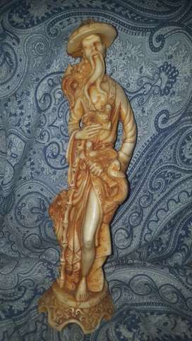 Antique rasen statue new condition