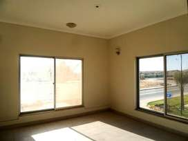 West Open Corner 3 Bed DD Available In Tulip Towers