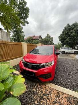 Honda jazz matic 2018 merah
