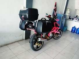 Box motor touring