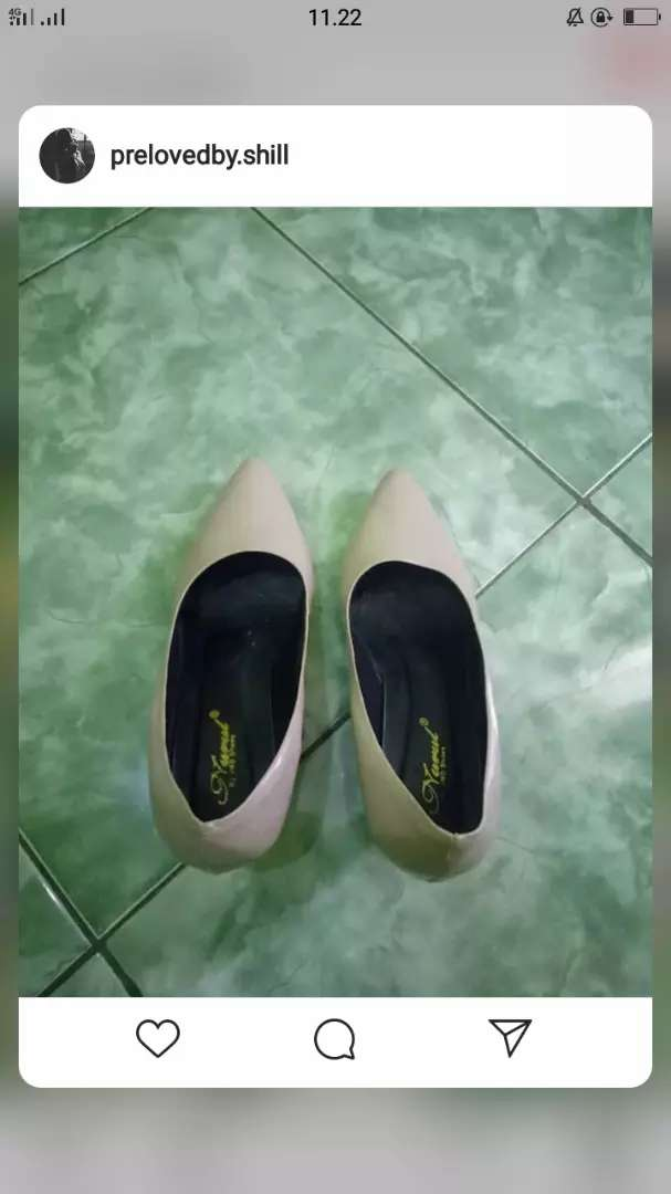 Heels warna cream 0