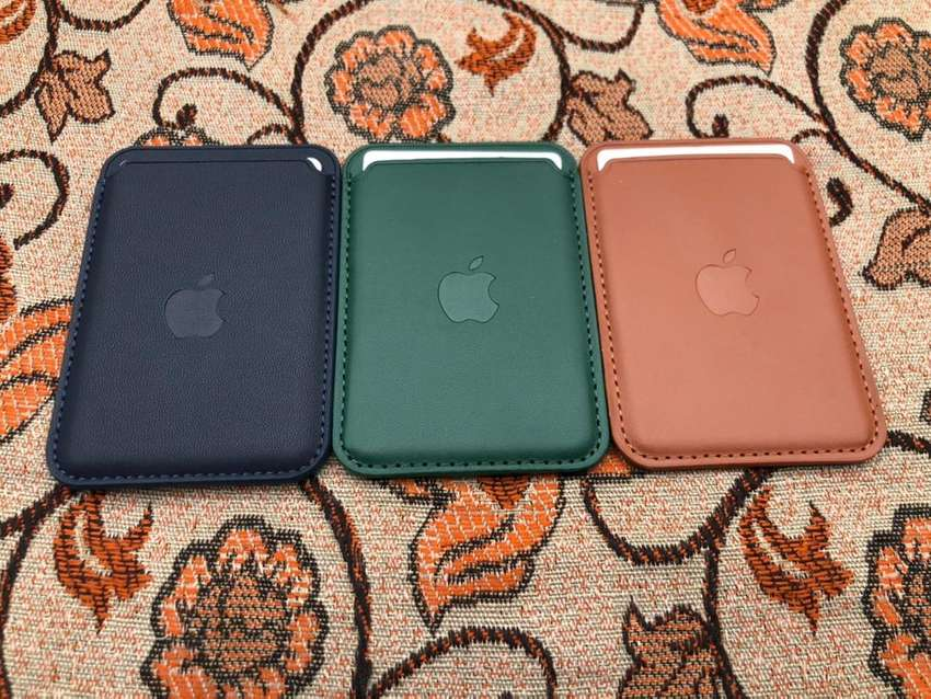 Apple Iphone 12 Megnatic Leather Wallet Magsafe