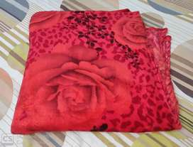 Woolen Blanket New Condition Size 7 feet X 5 Feet