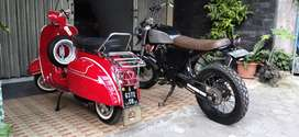 Vespa super merah th 66