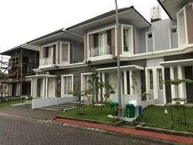 Sewa Rumah / Villa Harian Mewah Di Soekarno Hatta Malang