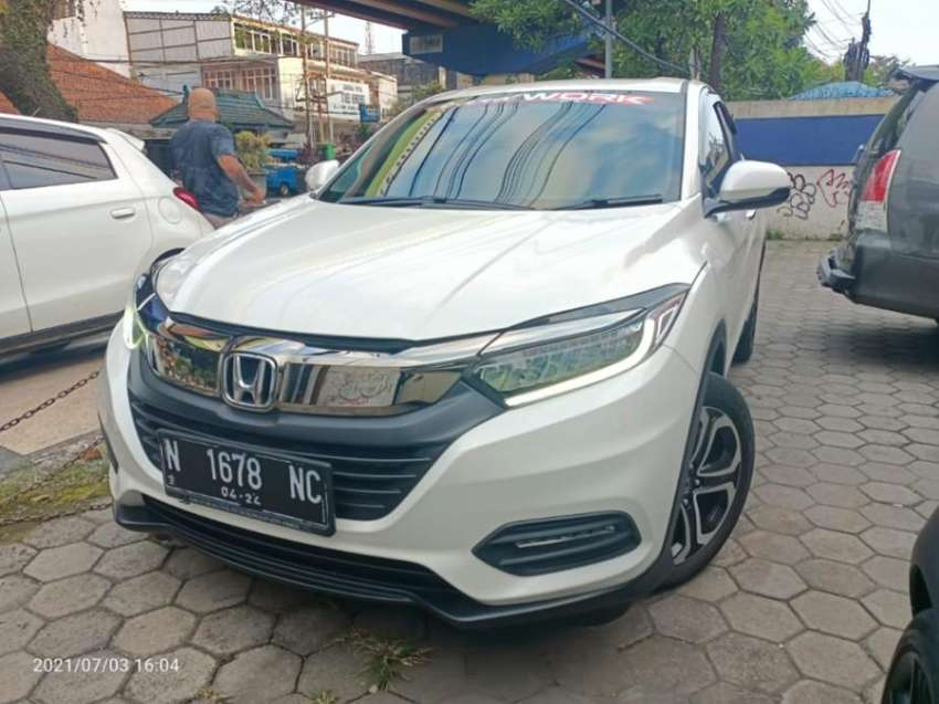 Honda HRV SE 1.5 Matic 2019 km 32 ribu Istimewa