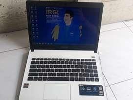 Laptop Asus X401u ( SSD : 128 )